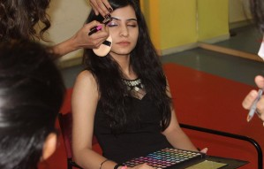 Make-up & Hair Styling crash course by FINESSE