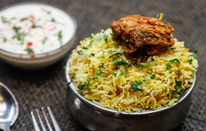 CRAVING AUTHENTIC NON-VEG MUGHLAI? RUSH TO MOTI MAHAL