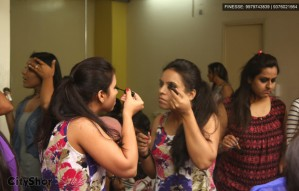 'One day make-up workshop with Aanal Patel' by FINESSE