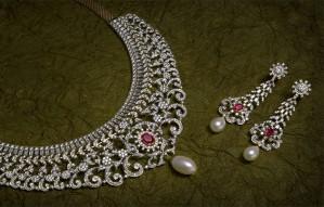 Festive offer on Diamond Jewelry