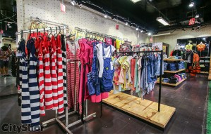 Apparels for kids at discount of Up To 50% @ Kids Mart