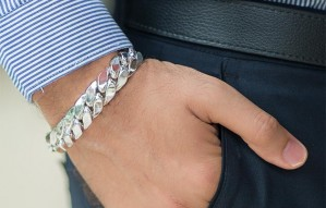 Exclusive Men's jewellery for all your needs @ Eshyl!