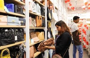 1 stop destination for rakh gifts - Ximi Vogue
