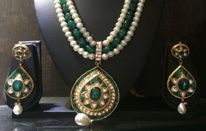 Jewellery & Clothing Exhibit at Anay Gallery