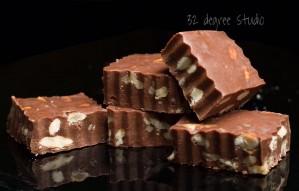 Serve Almond, Oats and Cherry Loaded Treats this Rakhi!
