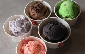 Offer on small scoops for 3 days at Brain Freeze