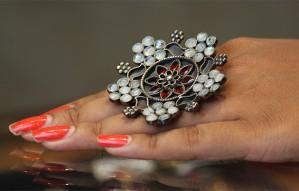 Exquisite silver jewellery of Ravi Jewels at Anayata