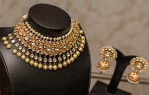 ANAYATA: Showcasing beautiful pure gold Jadau Jewellery