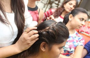 Get glamours this Navratri & be the eye candy with FINESSE