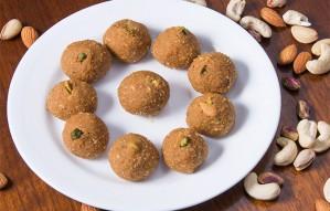 This Ganeshotsav Get Delicious Homemade ladoos by Mrs.Mithai