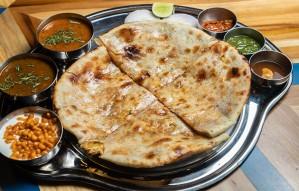 Only place that serves Tandoori / Fried Parathas @Dhabagiri