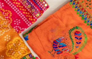 50+ types of Dupattas for Navratri only at Arpit Silk India
