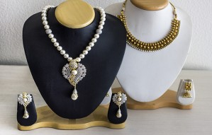 Bags & Jewellery Exhibition at Status Gallery