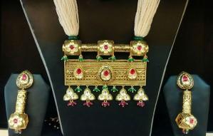 Kiara Designer Wear & Kolkata Jewellers at Anay Gallery