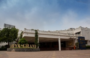 The ideal location for vacation & occasion:Aarya Grand Hotel