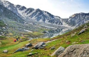 Take a Trek to Kareri Lake Within Rs. 5000 this Weekend!