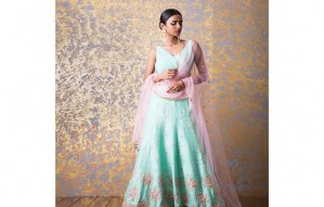 Splendid Staples for the Wedding Season by Saachi!