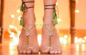 Neckpieces & feet accessories by Kitsch by Nik @ ART E FAIR