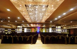 AAGRAH BANQUET: Great New Year's Party for 1500 per couple!
