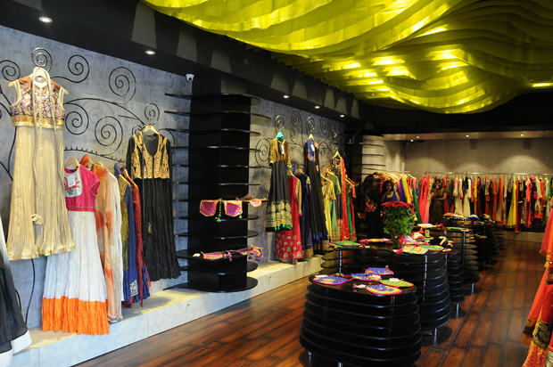 VIKRAM PHADNIS Collection at The Wardrobe Theorem