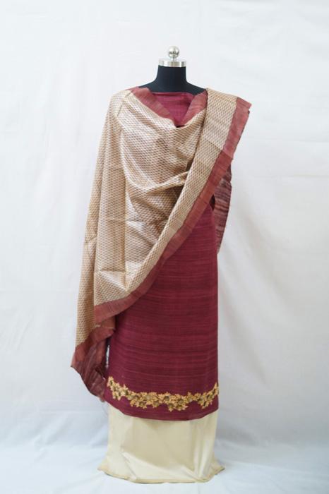 TANA BANA by Parita Shah at Anay Gallery