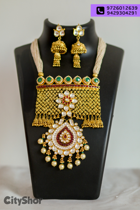 Want to buy inimitable jewelry, clothes and more? YES MA'AM!