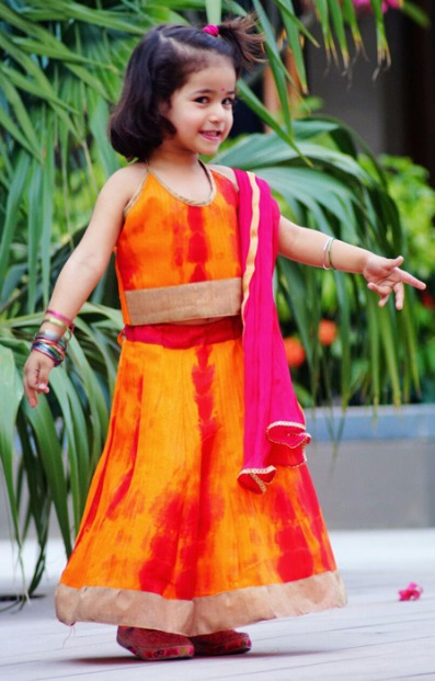 Uttarayan special fashion exhibition by DD GROUP at ANAY!