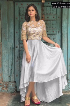101 Hues | Glorious Wedding Outifts & Jewellery on Rent!