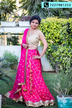 Personalised Ethnic Wear to fulfill all demands| RENT A LOOK