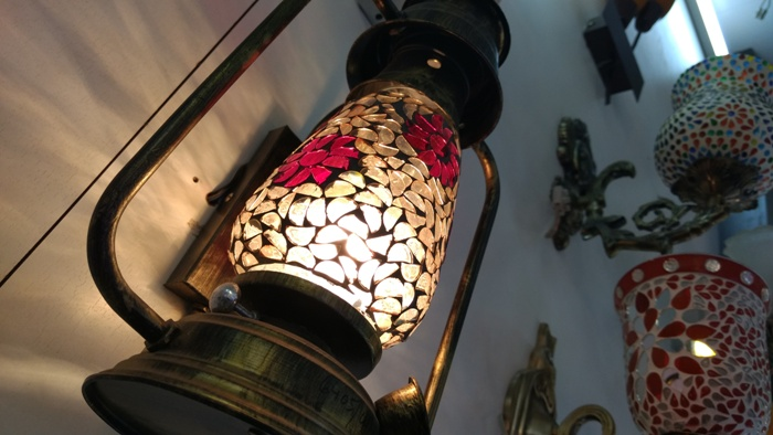 Light Up Your Abode, buy Charming Lamps from this Street!