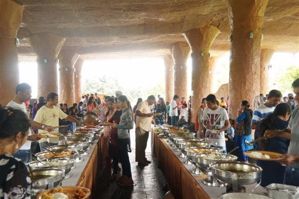 Enjoy an Adventurous Weekend at the Cave Resort - Guhantara