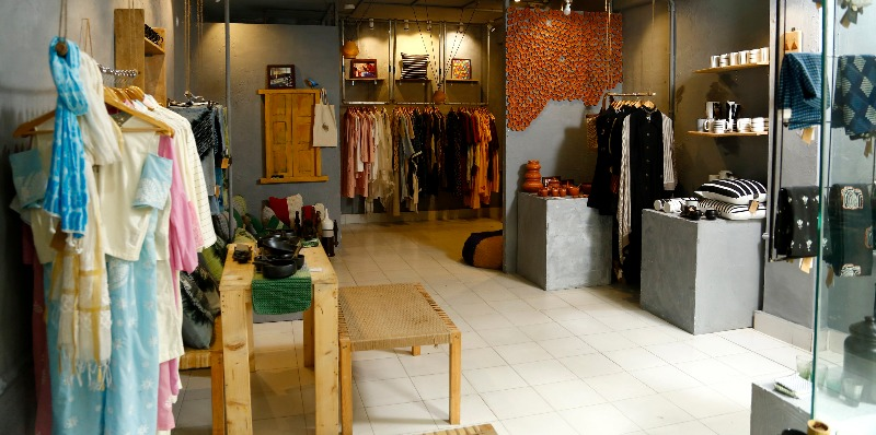 Visit Peelidori In Shapurjat For Sustainable, Thrifty Décor!