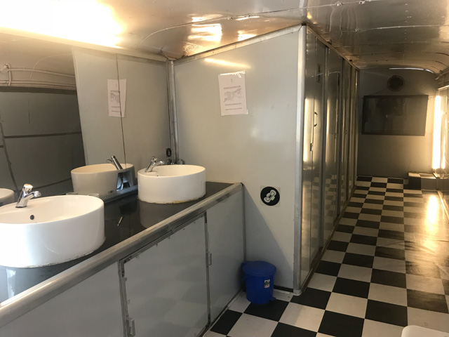 'Ti' - Hygienic public sanitation centre for WOMEN!