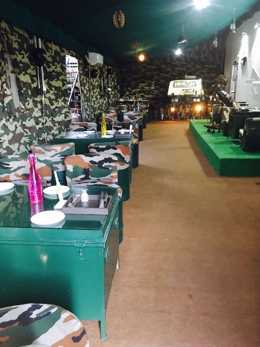 Rush to this Cafe to have a Meal in the Battlefield!