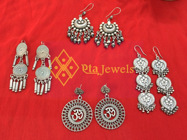 1-day Valentine special apparels, jewels & more @ ANAY today