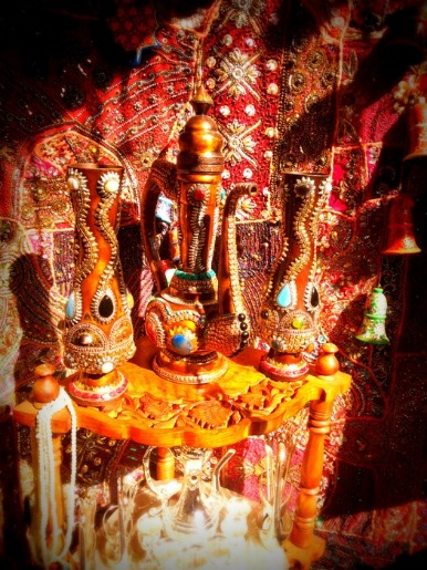 Get Exquisite Rajasthani Artifacts from this Unique Shop!