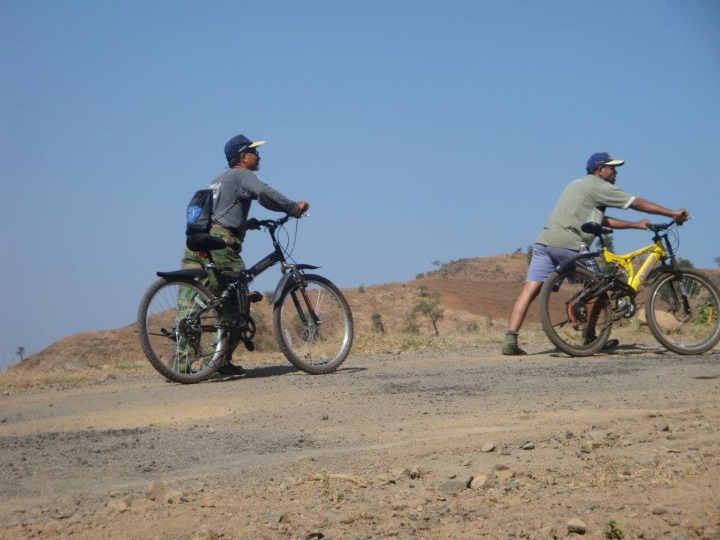 This Saturday, go for Cycling Expedition by Maroon Migrates