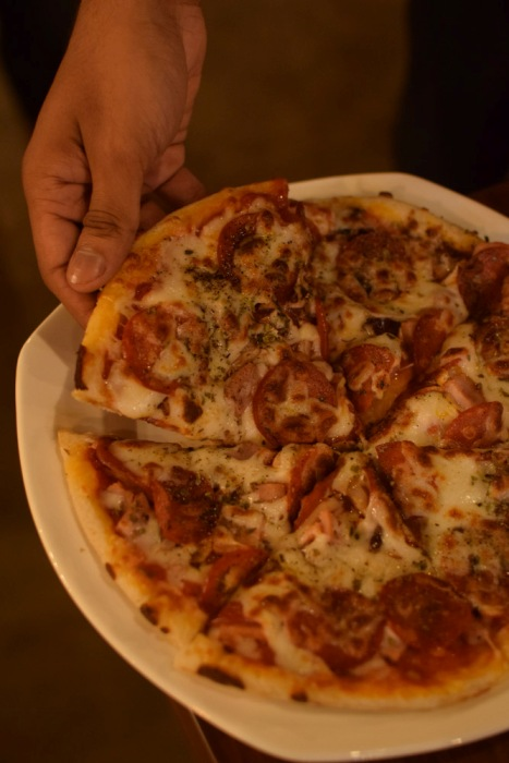 Enjoy a Gourmet Pizza Party at Pi Bar and Kitchen Today!