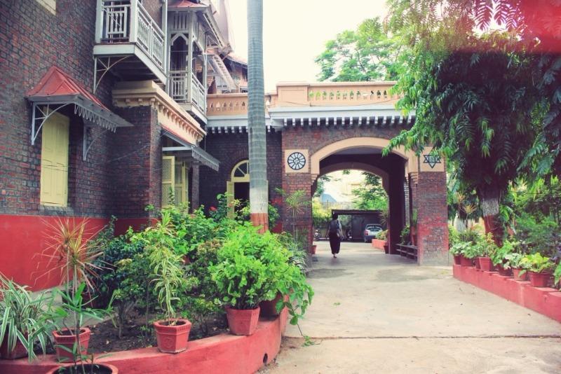 The Hidden Treasure of Dandia Bazaar: Aurobindo Ashram