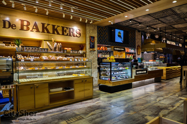 25% OFF on cakes and Desserts till Valentine @ Bakers n cook