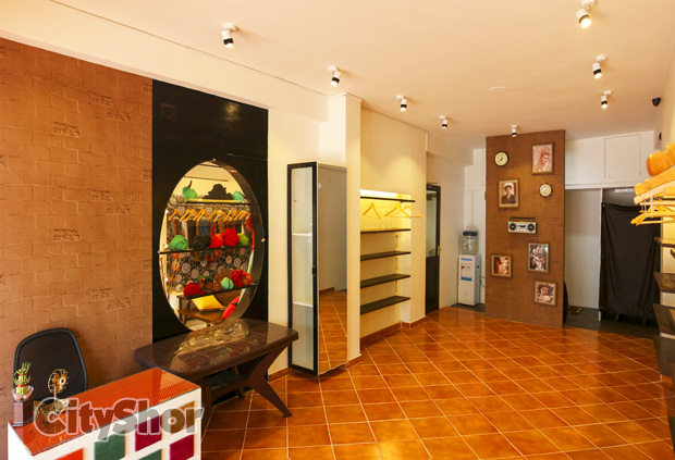 Arha Gallery - Showcase your art with them!