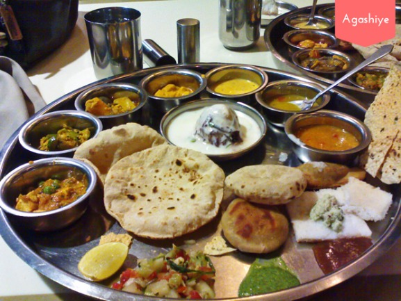 6 Eateries in Ahmedabad that take their Cutlery seriously