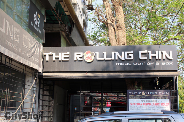 THE ROLLING CHIN: Serving Meal in a Box