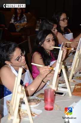 Paint Mandalas,Have Fun:The Paint Social is coming to Surat!