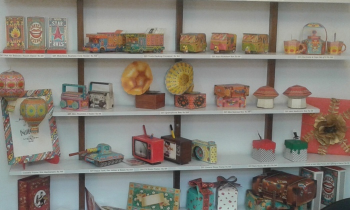 Been to this Wonderland of Paper Craft at Khar yet?
