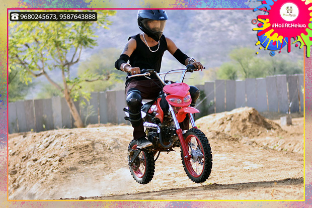 FEW HOURS LEFT to Avail Holi Stay with Free Adventure Rides!