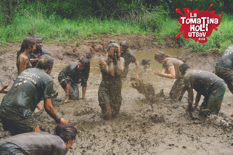 Mud Fight   Tomato Battle   La Tomatina Holi Utsav 2018