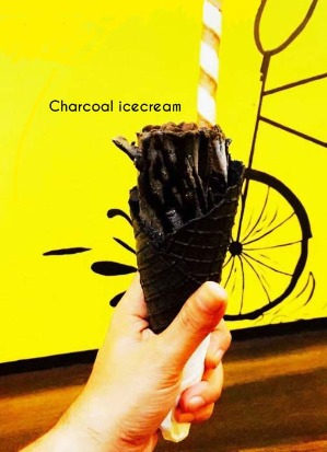 #SummerEssentials : Try The Best Places For Unique Icecreams