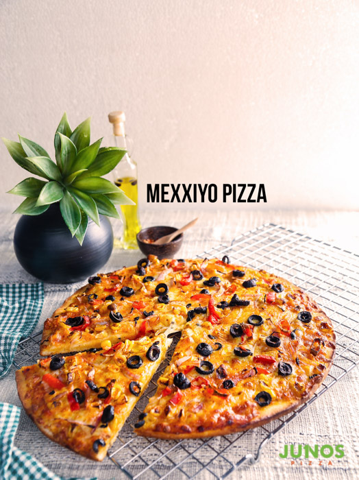 Unlimited Pizzas & more for ladies on Womens day @ Junos
