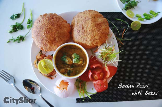 #NewInSurat:Bunk Your Work,College For Cheesy Pavbhaji Pizza